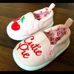 Cutie pie baby girl shoes size 2 slip on cherry